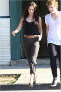 Nov 16, 2010 - Megan Fox Hotness Out N About In Hollywood (32 HQ pics) Th_02735_Upload_by_forum.anhmjn.com_022_122_1026lo