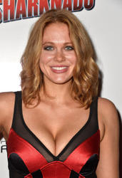 Maitland Ward - Sharknado premiere in Los Angeles (august 2)
