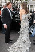 Элизабет Харли, фото 2290. Elizabeth Hurley Elton John's White Tie and Tiara Ball JUNE-23-2011, foto 2290