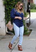 http://img129.imagevenue.com/loc1086/th_130112788_Hilary_Duff_at_hair_salon_in_Beverly_Hills24_122_1086lo.jpg
