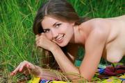 http://img129.imagevenue.com/loc1119/th_368803310_Vivian100_123_1119lo.jpg