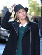 th_72373_Tikipeter_Denise_Van_Outen_outside_the_London_Studios_012_122_1165lo.jpg