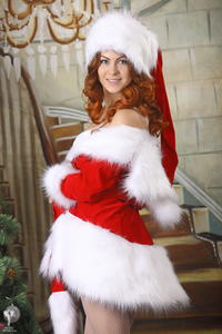 http://img129.imagevenue.com/loc1196/th_253164655_silver_angels_Sandrinya_I_Christmas_1_104_123_1196lo.jpg
