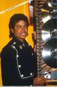 1983 - Thriller Certified Platinum  Th_579225257_180484_191228567576494_7345158_n_122_809lo