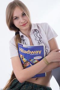 http://img129.imagevenue.com/loc839/th_208491165_tduid300163_Silver_Starlets_Katenka_student_1_030_123_839lo.JPG