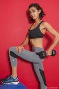 Belle-Wood-Belle-Doing-Her-Fitness-x176-3000px-c6ow283egk.jpg